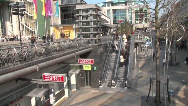 Shopping centre Rotterdam koopgoot lijnbaan